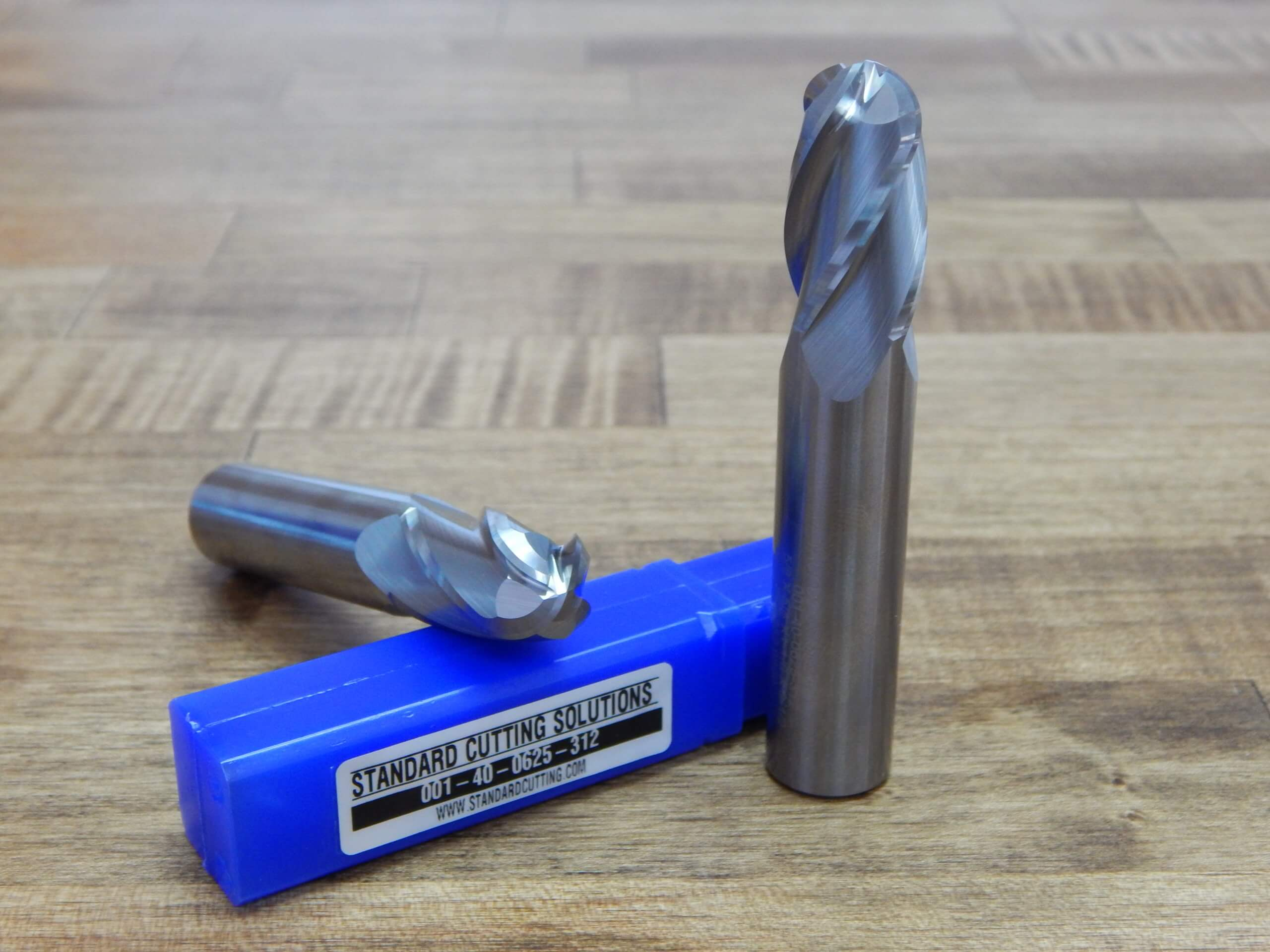 4 FL Carbide Ball Nose End Mill .218 7//32 SCS-**BRAND NEW** 001-40-0218-109